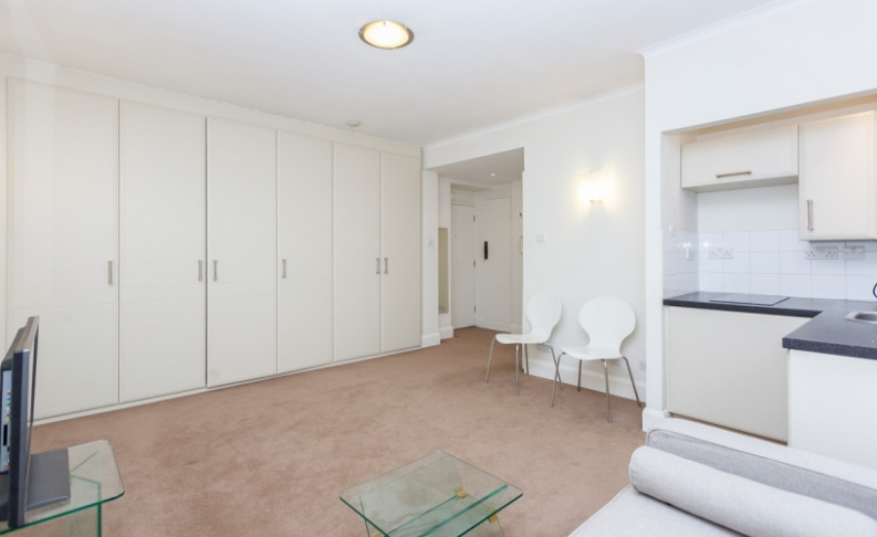 Studio flat to rent in Sloane Avenue Mansions, Chelsea, SW3-image 8