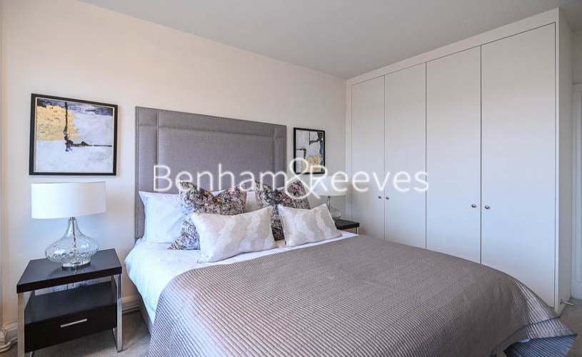 2 bedroom(s) flat to rent in Pelham Court, Fulham Road, Chelsea, SW3-image 3