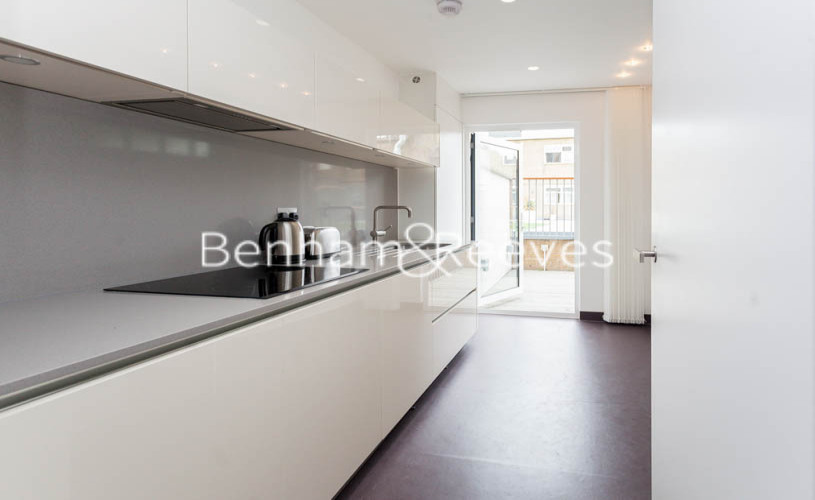 2 bedroom(s) flat to rent in Longmoore Street, Victoria, SW1V-image 2