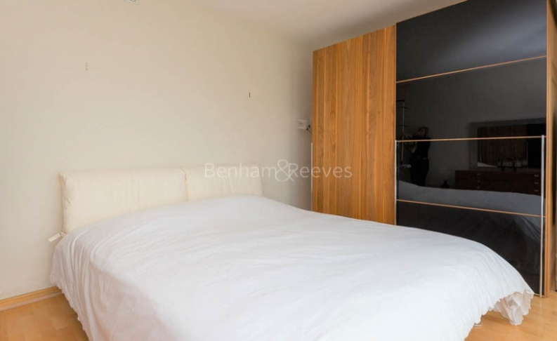 4 bedroom(s) flat to rent in The Panoramic, Millbank, SW1V-image 12