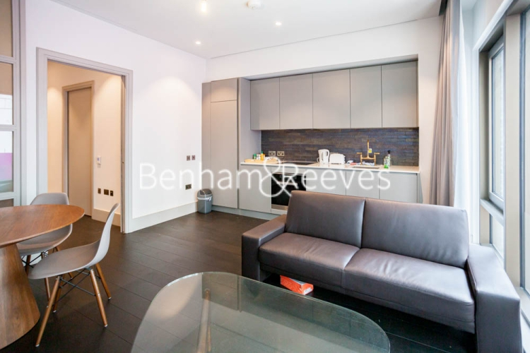 Studio flat to rent in Victoria Street, Westminster, SW1H-image 2