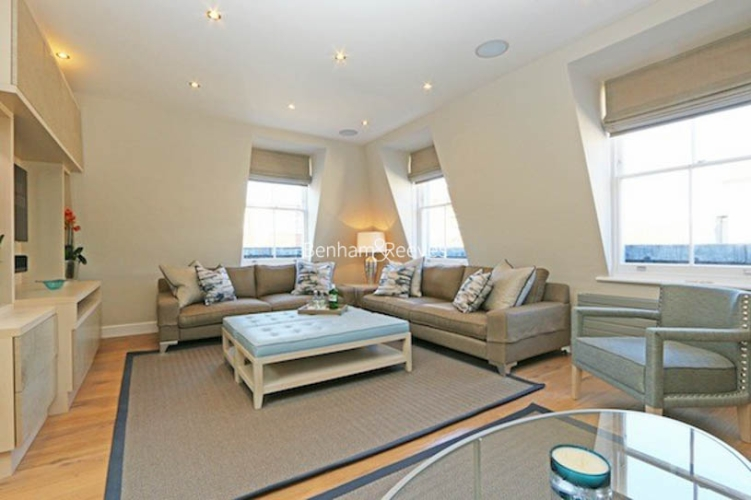 3 bedroom(s) flat to rent in Ennismore Gardens, Knightsbridge, SW7-image 1