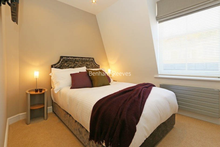 3 bedroom(s) flat to rent in Ennismore Gardens, Knightsbridge, SW7-image 6