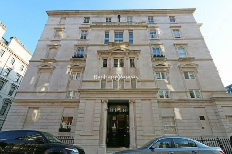 3 bedroom(s) flat to rent in Ennismore Gardens, Knightsbridge, SW7-image 12