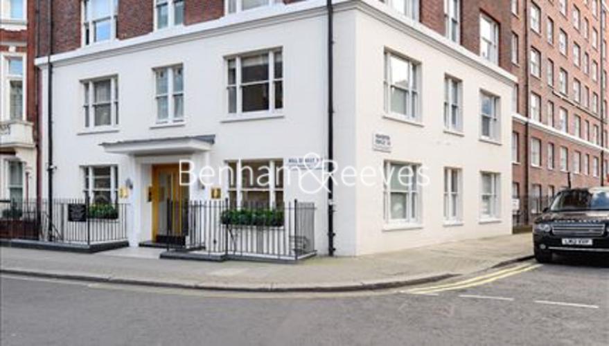 Studio flat to rent in Hill Street, Mayfair, W1J-image 5