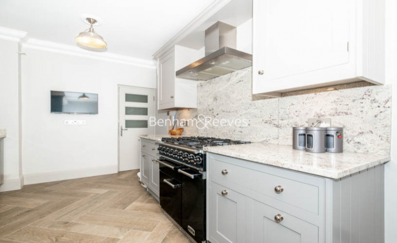 2 bedroom(s) flat to rent in Westminster Gardens, Marsham Street, SW1P-image 13