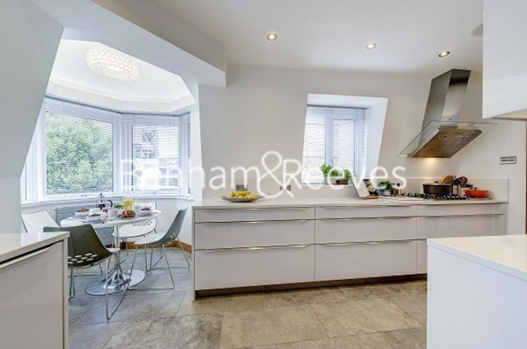 3 bedroom(s) flat to rent in Tarnbrook Court, Belgravia, Sw1W-image 7