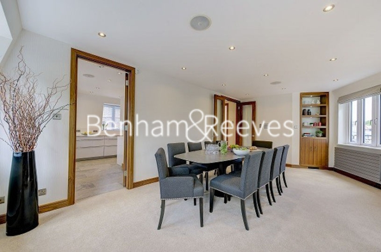 3 bedroom(s) flat to rent in Tarnbrook Court, Belgravia, Sw1W-image 8