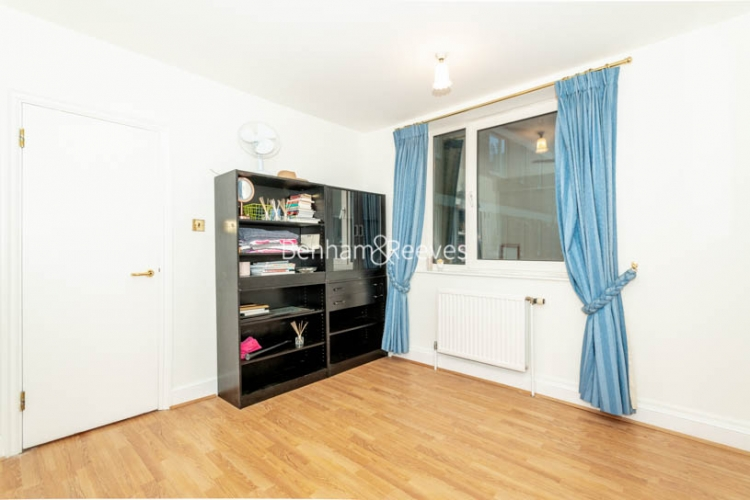 1 bedroom(s) flat to rent in Chelsea Cloisters, Sloane Avenue, SW3-image 9