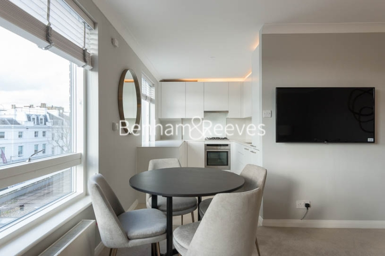 2 bedroom(s) flat to rent in Fulham Road, Chelsea, SW3-image 3