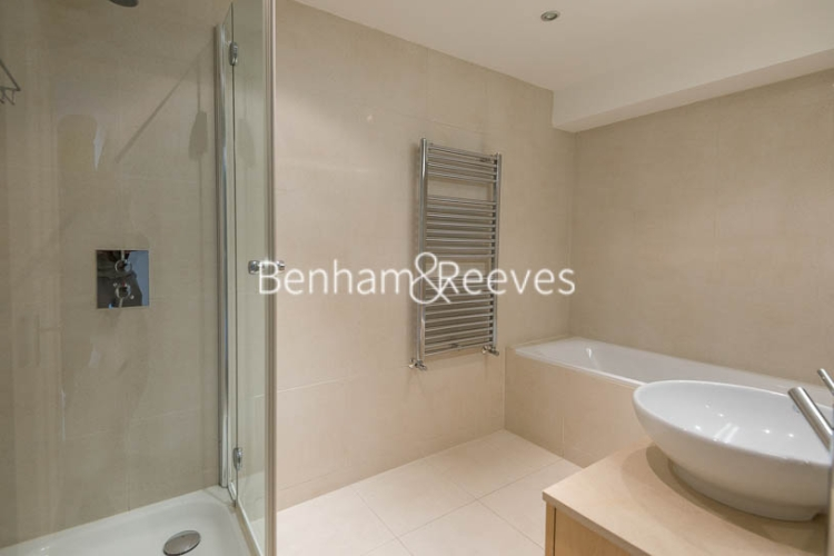 2 bedroom(s) flat to rent in Fulham Road, Chelsea, SW3-image 5