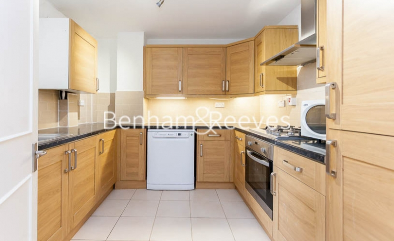 2 bedroom(s) flat to rent in Crown Lodge, Chelsea, SW3-image 2