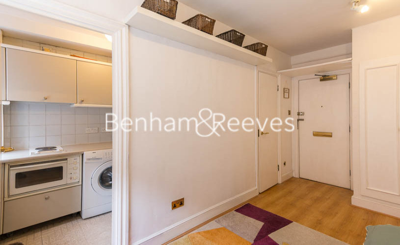 Studio flat to rent in Chelsea Cloisters, Chelsea, SW3-image 11