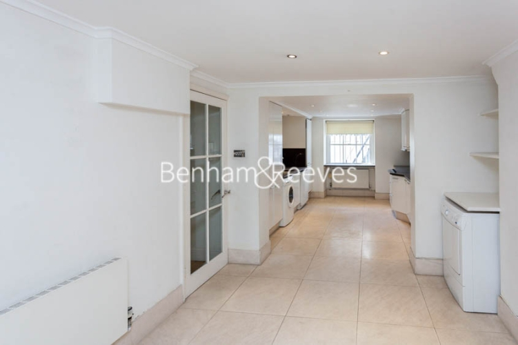 3 bedroom(s) house to rent in Alexander Place, South Kensington, SW7-image 12