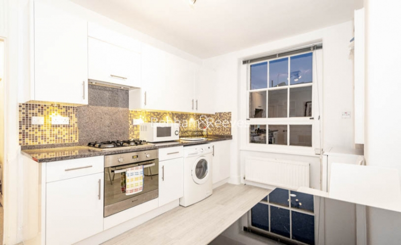 1 bedroom(s) flat to rent in Marlborough, Walton Street, Chelsea, SW3-image 2
