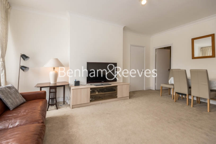 2 bedroom(s) flat to rent in St. Georges Court, Brompton Road, SW3-image 9