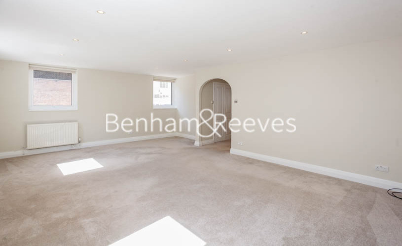 3 bedroom(s) flat to rent in Princes Gate Mews, South Kensington, SW7-image 1