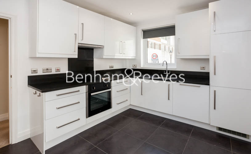 3 bedroom(s) flat to rent in Princes Gate Mews, South Kensington, SW7-image 3