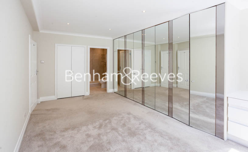 3 bedroom(s) flat to rent in Princes Gate Mews, South Kensington, SW7-image 5