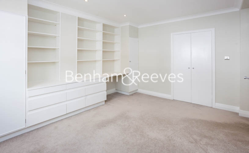 3 bedroom(s) flat to rent in Princes Gate Mews, South Kensington, SW7-image 8