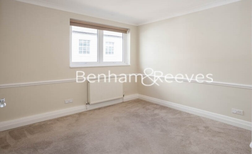 3 bedroom(s) flat to rent in Princes Gate Mews, South Kensington, SW7-image 9