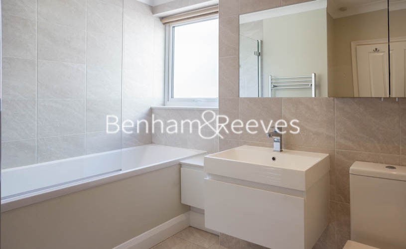 3 bedroom(s) flat to rent in Princes Gate Mews, South Kensington, SW7-image 10