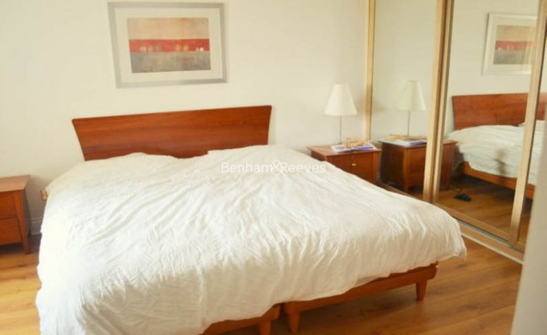 2 bedroom(s) flat to rent in Palgrave Gardens, Hyde Park, NW1-image 3