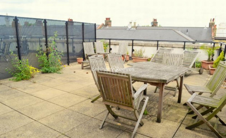 2 bedroom(s) flat to rent in Palgrave Gardens, Hyde Park, NW1-image 6