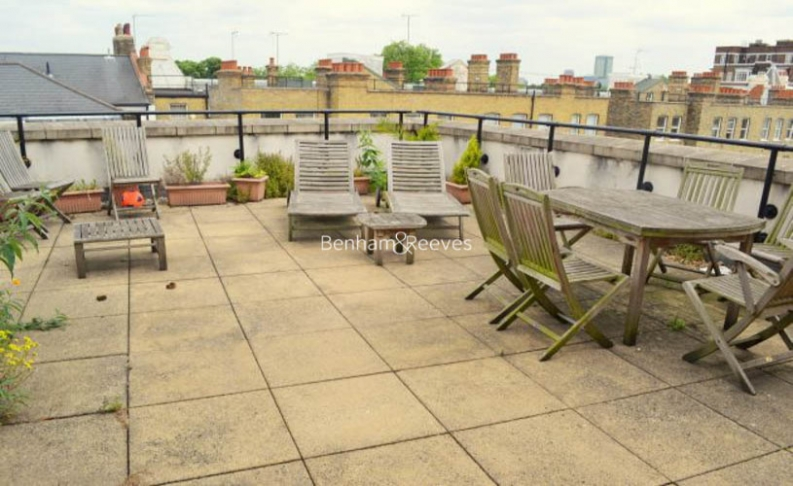 2 bedroom(s) flat to rent in Palgrave Gardens, Hyde Park, NW1-image 7