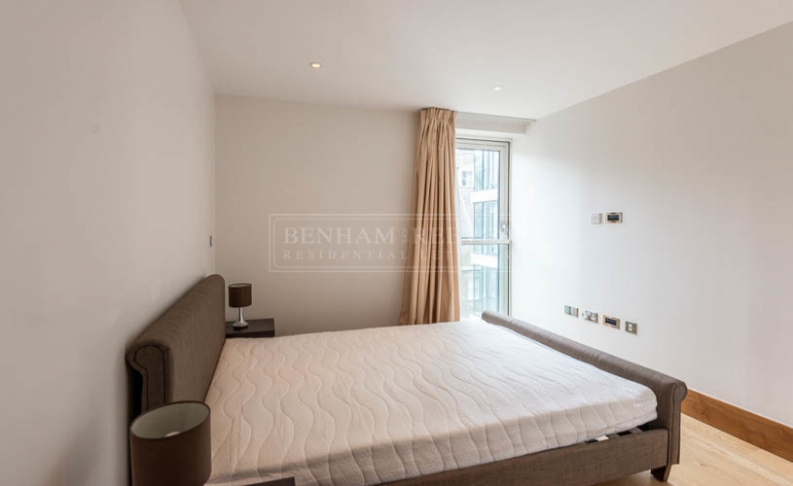 2 bedroom(s) flat to rent in Baker Street, Marylebone, NW1-image 4