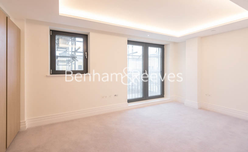 3 bedroom(s) flat to rent in Compass House, Kensington Gardens Square, Bayswater, Hyde Park, W2-image 3