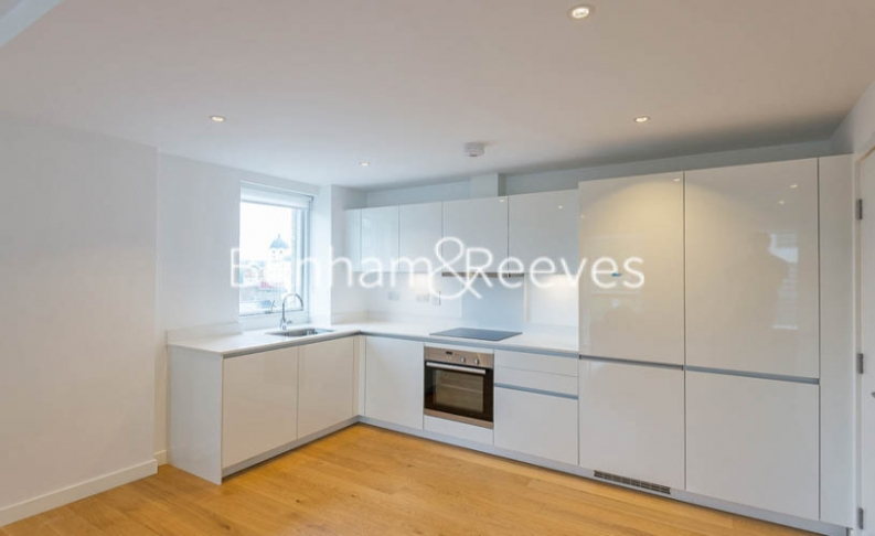 2 bedroom(s) flat to rent in Hand Axe Yard, St Pancras Place, Kings Cross, WC1X-image 2