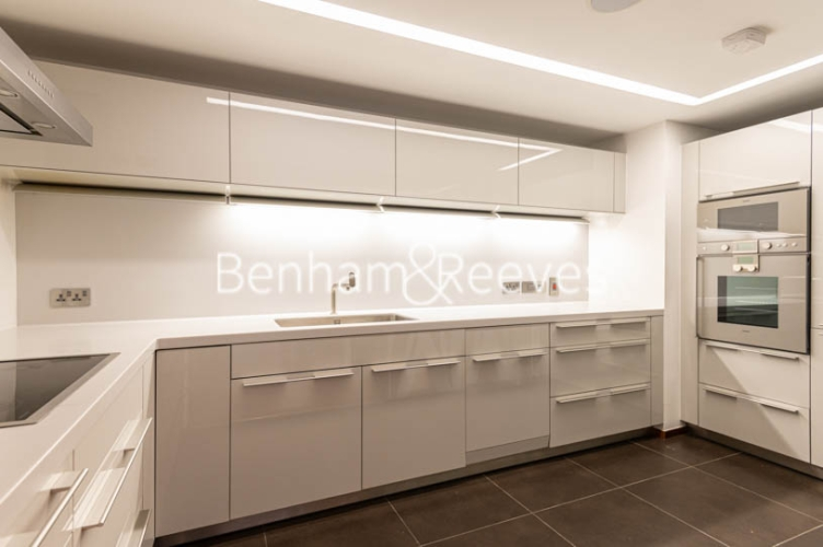 3 bedroom(s) flat to rent in Atrium Apartments, St Johns Wood, NW8-image 2
