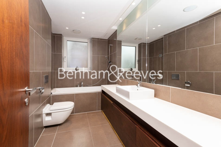 3 bedroom(s) flat to rent in Atrium Apartments, St Johns Wood, NW8-image 4