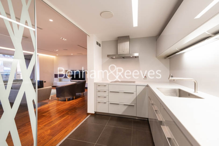 3 bedroom(s) flat to rent in Atrium Apartments, St Johns Wood, NW8-image 8