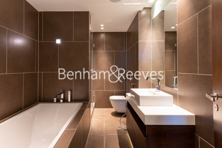 3 bedroom(s) flat to rent in Atrium Apartments, St Johns Wood, NW8-image 10