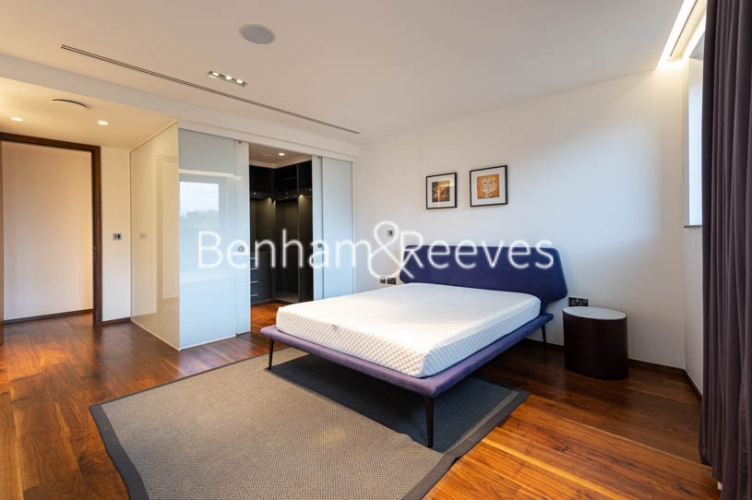 3 bedroom(s) flat to rent in Atrium Apartments, St Johns Wood, NW8-image 15