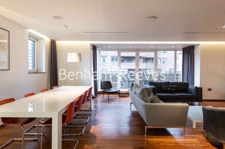 3 bedroom(s) flat to rent in Atrium Apartments, St Johns Wood, NW8-image 19