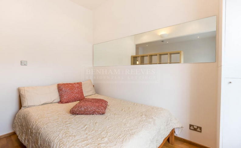 Studio flat to rent in St. Stephen Gardens, Bayswater, W2-image 5