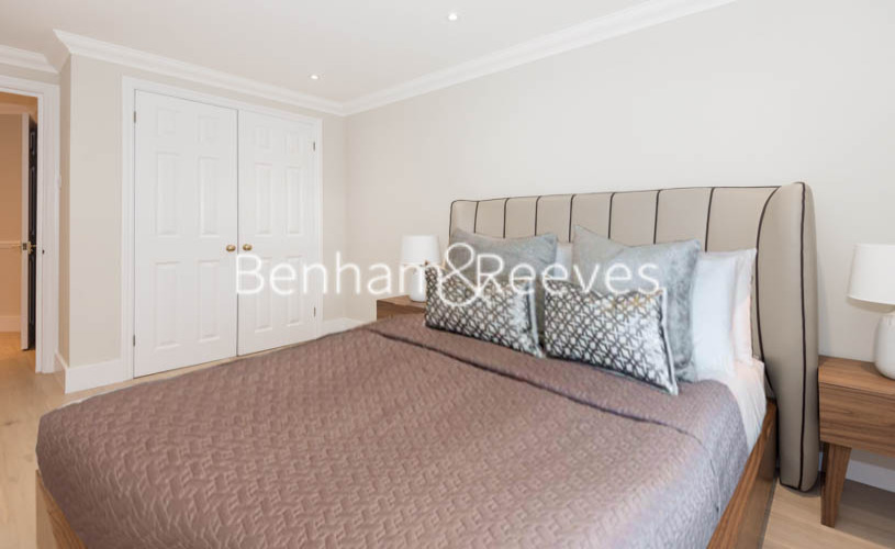 2 bedroom(s) flat to rent in South End Row, Kensington, W8-image 10