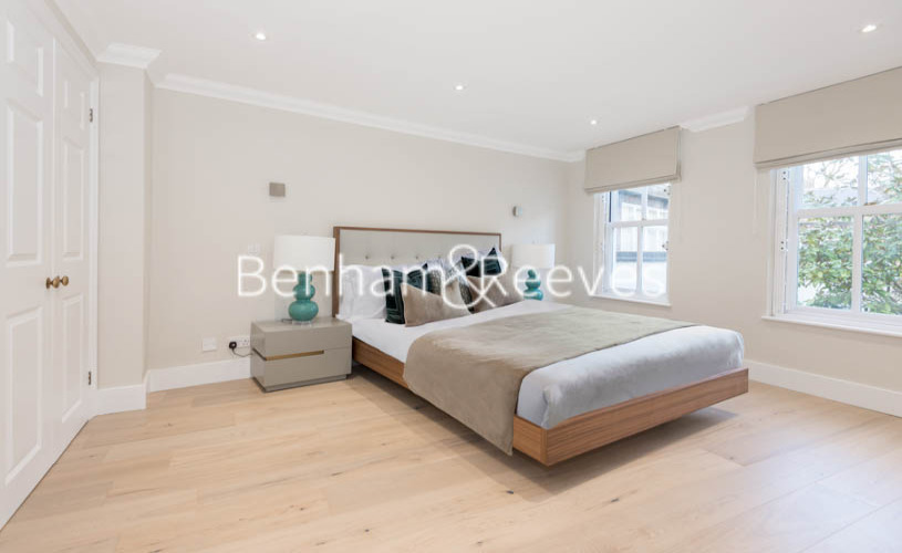 2 bedroom(s) flat to rent in South End Row, Kensington, W8-image 12