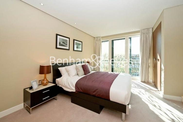 1 bedroom(s) flat to rent in Kensington Church Street, Kensington, W8-image 4