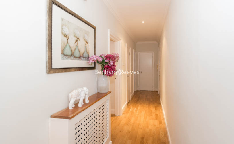 3 bedroom(s) flat to rent in Pitt Street, Kensington, W8-image 9