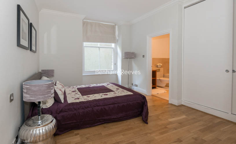 3 bedroom(s) flat to rent in Pitt Street, Kensington, W8-image 11