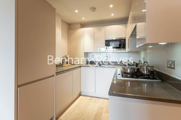 1 bedroom(s) flat to rent in Kensington Church Street, Kensington, W8-image 12