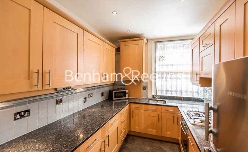 2 bedroom(s) flat to rent in Nevern Mansions, Earl's Court, SW5-image 2