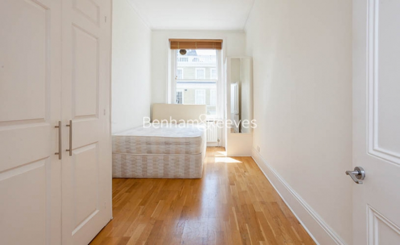 2 bedroom(s) flat to rent in Southwell Gardens, Gloucester Road, SW7-image 4