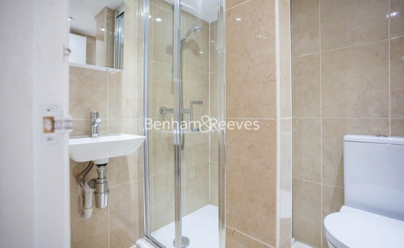 2 bedroom(s) flat to rent in Southwell Gardens, Gloucester Road, SW7-image 9