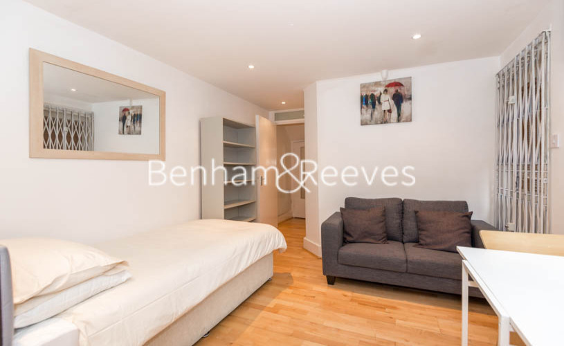 Studio flat to rent in Cheniston Gardens, Kensington, W8-image 3