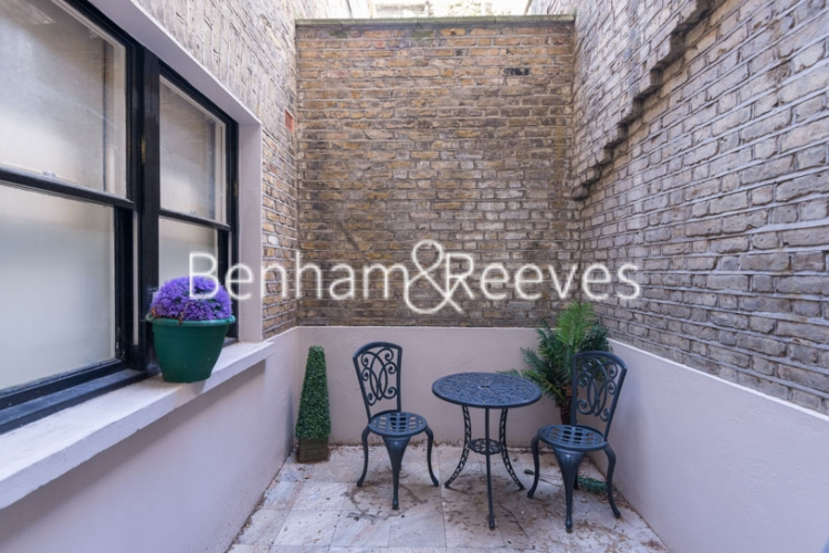 1 bedroom(s) flat to rent in Ashburn Gdns, Kensington, SW7-image 9